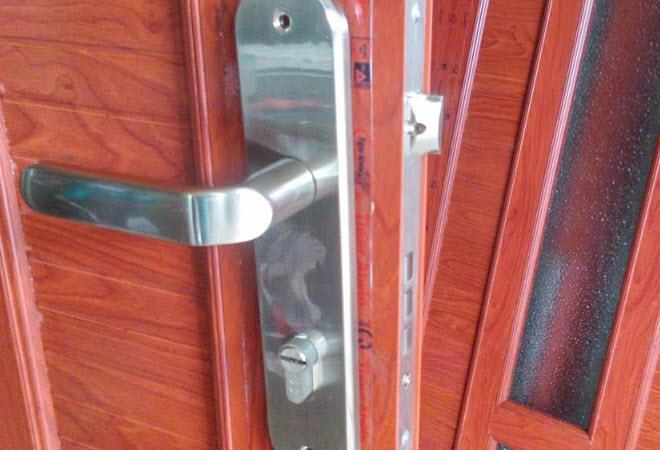 Dịch vụ sửa khóa cửa nhôm kính ở Hà Nội