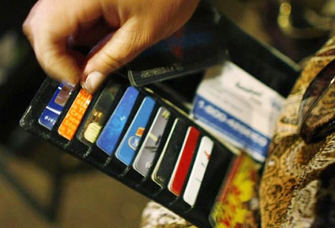 Cách phân biệt thẻ visa và thẻ master
